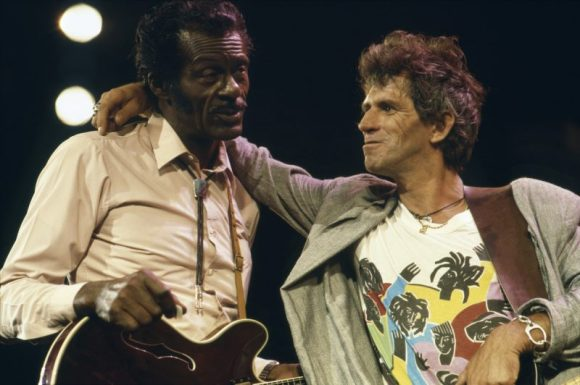 Chuck-Berry-Keith-Richards-1-800x532